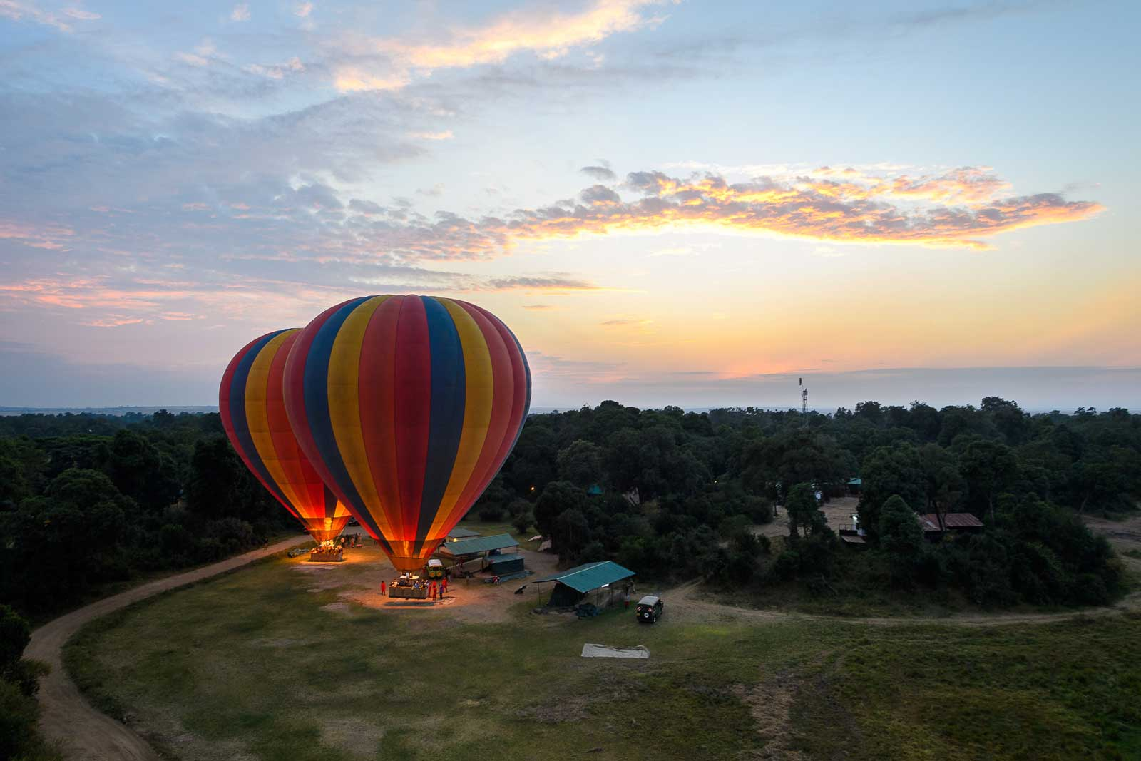 Governor's Camp dawn balloon safaris