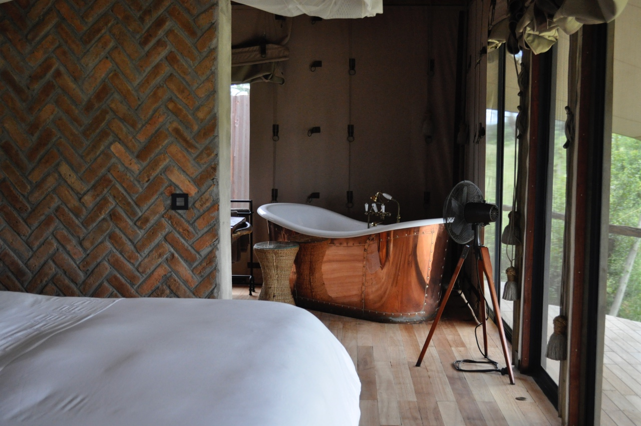That copper bath of dreams! Beautiful feature in the tented rooms at Somalisa Camp